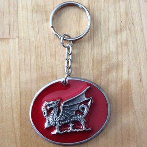Add-on 🎁: New Welsh Dragon Keychain